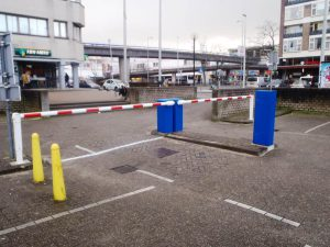 Compleet slagboomsysteem voor de toegangscontrole bij een parkeerterrein