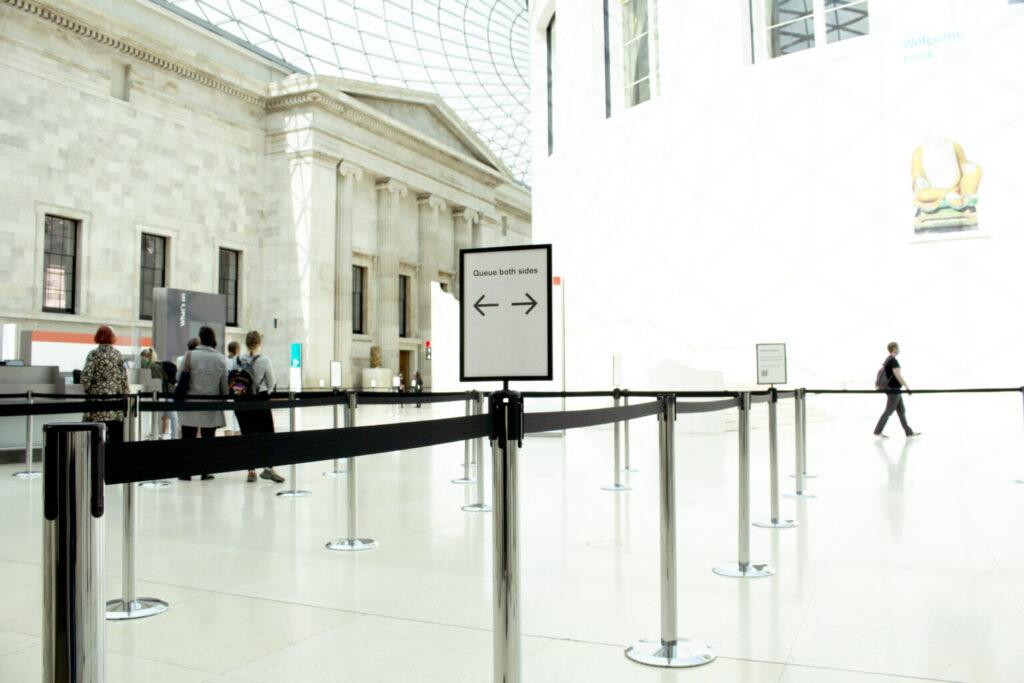 Crowd management museum ingang